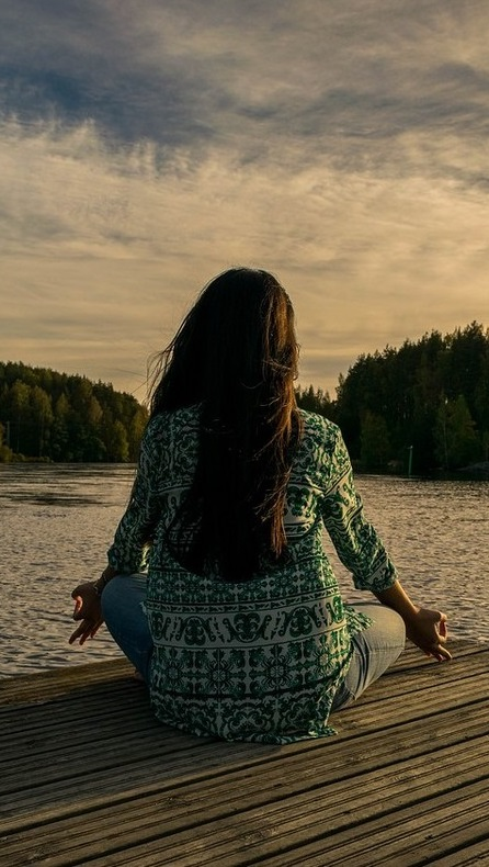 Обучение медитациям входит в программу занятий индивидуальной психотерапии