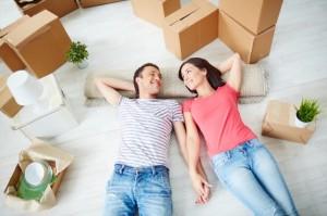 Молодая семья в ожидании счастья,  проблемы становления семейного уклада