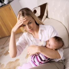 Проблемы, ожидающие молодых супругов с рождением ребенка