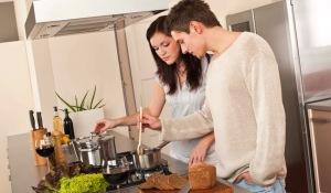 Домашние обязанности делите между собой