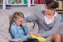Ребенок мучительно переживает развод родителей
