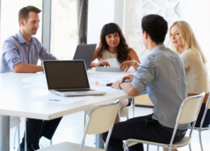 Для эффективной работы оптимизм и устойчивость нужны не только руководителю, но и рядовым сотрудникам