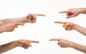 Рекомендации психолога: как избавиться от привычки обвинять других в своих неудачах