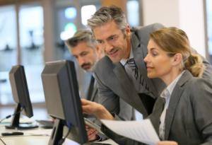 Руководителям бизнеса очень важно поддерживать оптимизм своих сотрудников