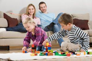 Повысилась тревожность родителей и уменьшилось свободное пространство детей
