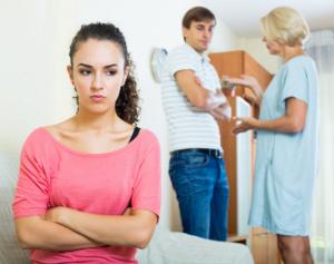 Причины отсутствия любви между невесткой и свекровью