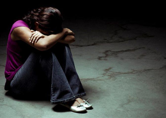 Депрессия у подростков, причины, признаки, подходы к лечению