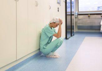 Профессиональное выгорание характерно для медицинских специальностей в связи с высоким уровнем стрессов