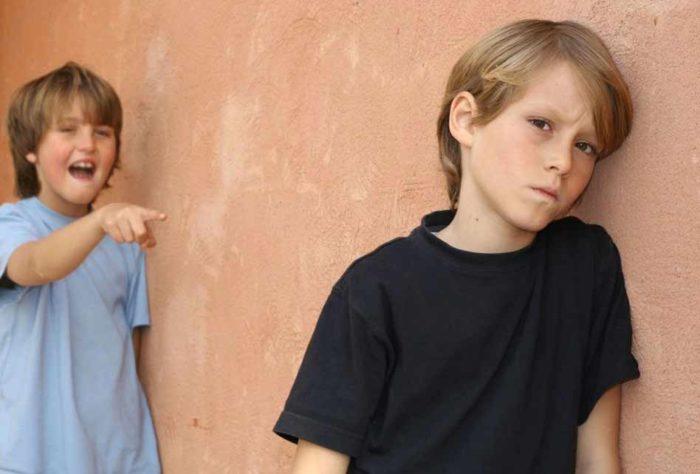 Часто дети врут из-за низкой самооценки, являющейся результатом унижений в школе