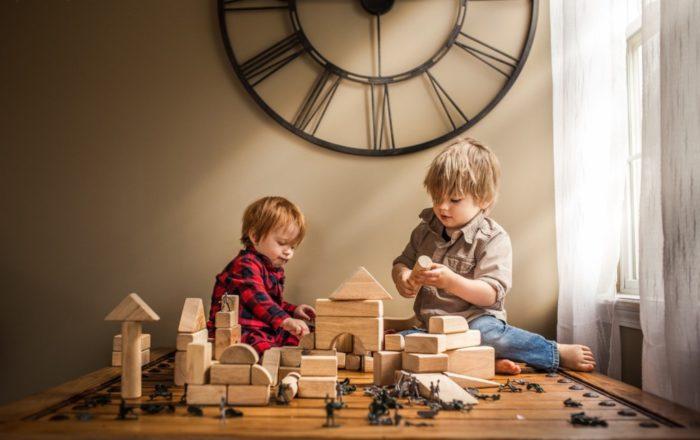 Большое количество игрушек вредно для ребенка, он становится рассеянным и невнимательным.