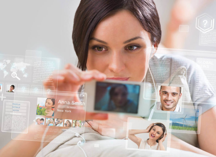Трансляция личной жизни в социальных сетях может стать причиной развода