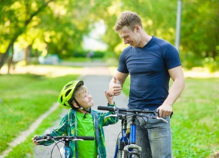 Избыточная похвала в детском возрасте способна обернуться некоторыми проблемами в подростковый период