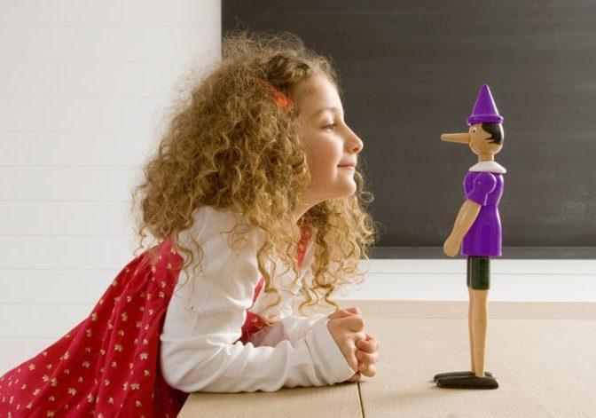 Детская ложь и фантазии – очень похожи, и их важно уметь отличать