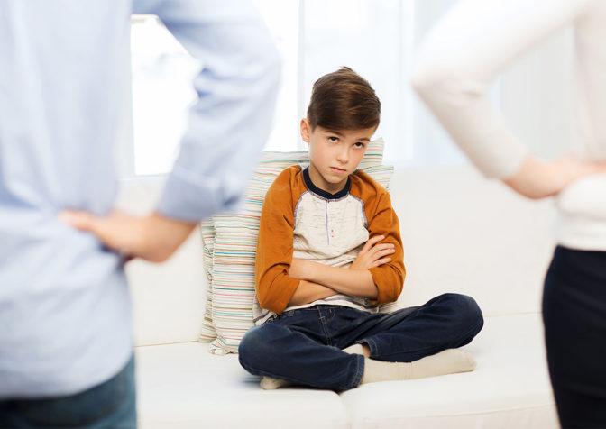 Какое поведение родителей принято считать токсичным?